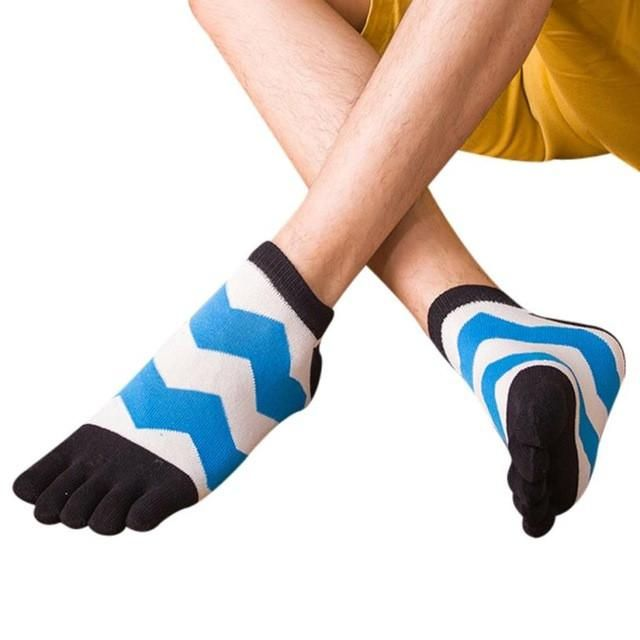 Patchwork color stripes socks Breathable Five Toe Cotton Socks Trainer Finger meias Cartoon styles wholesale Socks