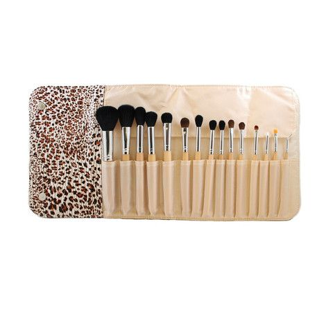 "1.Tapered Powder Brush Bristles 1 1/2"" Full Length 7"" Bristle Type:Synthetic 2.Tapered Blush Brush Bristles 11/4""   Full Length 7"" Bristle Type: Synthetic 3.F"