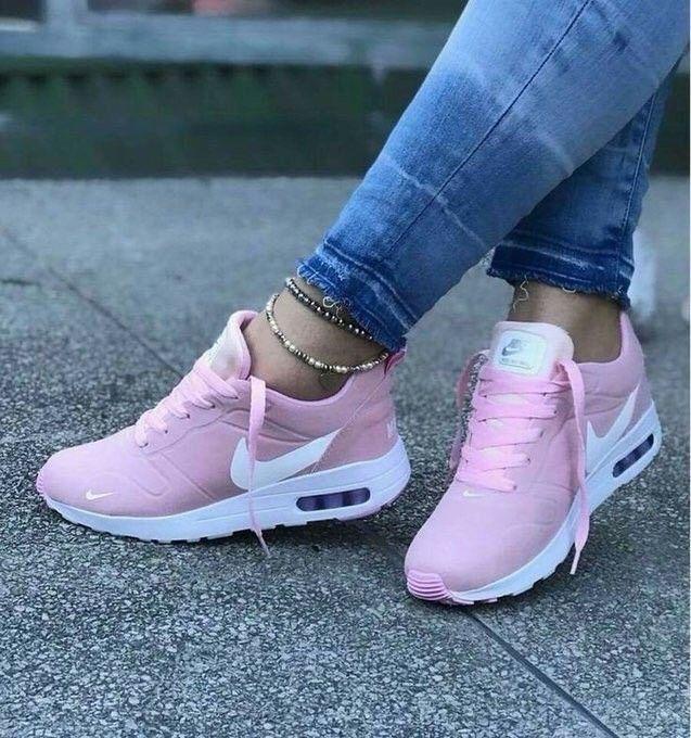 Pink + Nike: perfection #nike