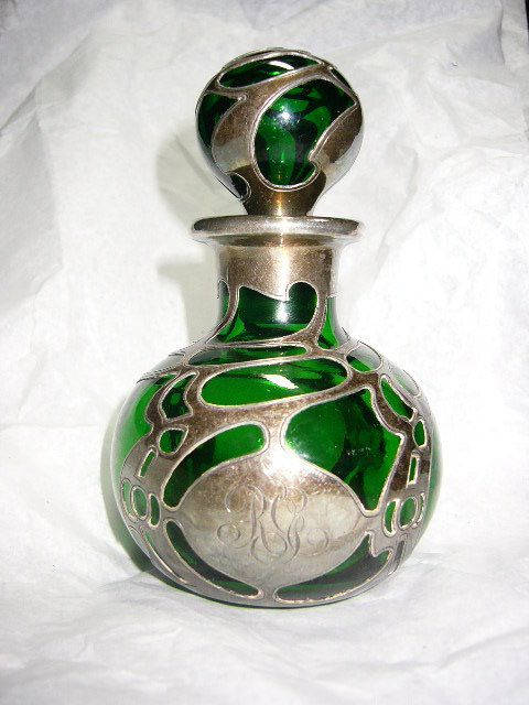 french style glass perfume bottleGreen Silver, French Perfume, Overlay Perfume, Green Glasses Silver Overlay, Glasses Perfume Bottle, Overlay Bottle, Glass Perfume Bottles, Style Glasses, French Style