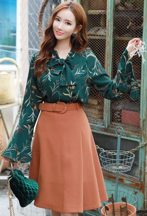StyleOnme_Belted Flared Skirt #camel #flared #skirt #autumn #koreanfashion #kstyle #kfashion #seoul #dailylook