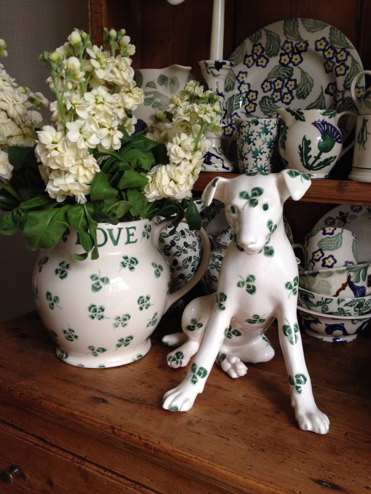 Emma Bridgewater Studio Special Green Clover Dog for Collectors Day 2014