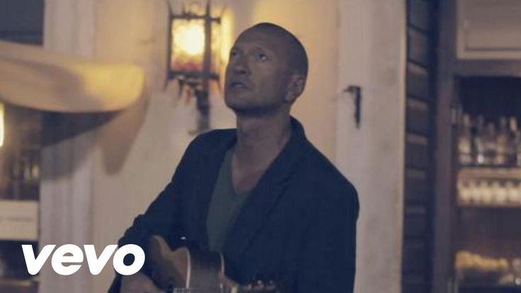 Ho aggiunto un video a una playlist di @YouTube: https://t.co/KefEH716Ty Biagio Antonacci - Tu sei bella Biagio Antonacci - Tu sei bella