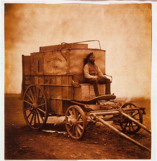 Roger Fenton e la nascita della fotografia di guerra - Storia della fotografia