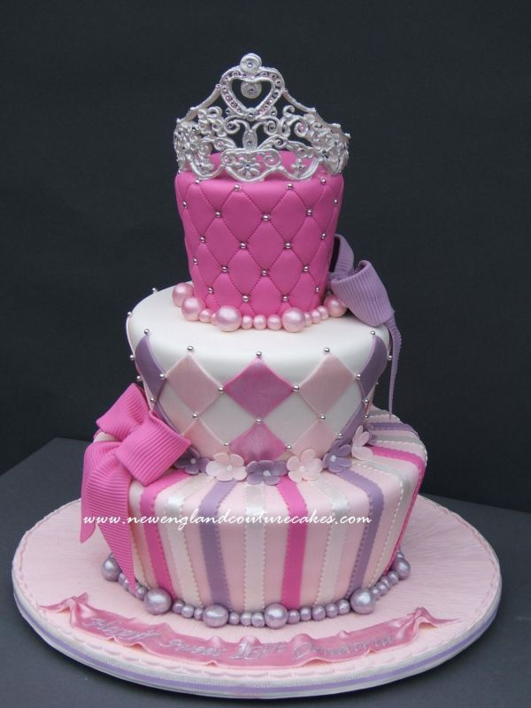 1000+ ideas about Pink Princess Cakes on Pinterest ...