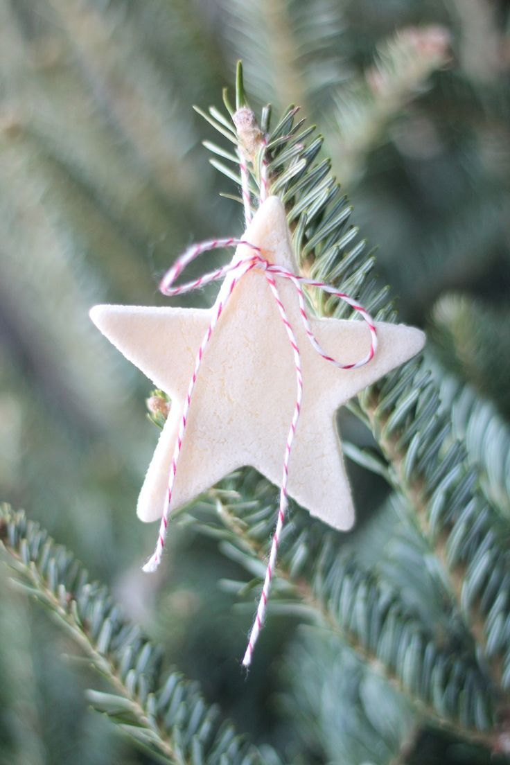 Homemade salt dough ornament recipe - decorate your tree beautifully & inexpensively! It's a great project with kids!