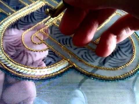 pose de paillettes au crochet de Lunéville - YouTube