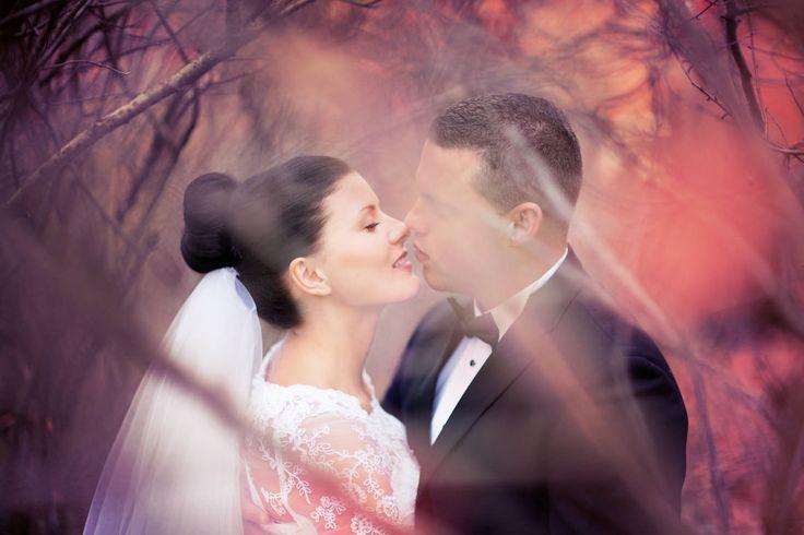 Fotografia ślubna to też romantyczne ujęcia.