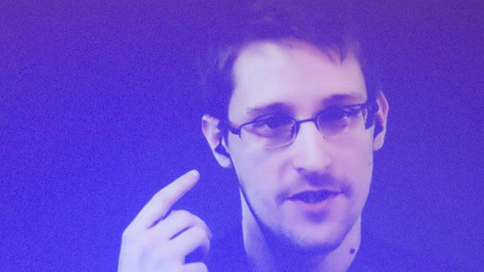 Snowden says Australia watching its citizens 'all the time