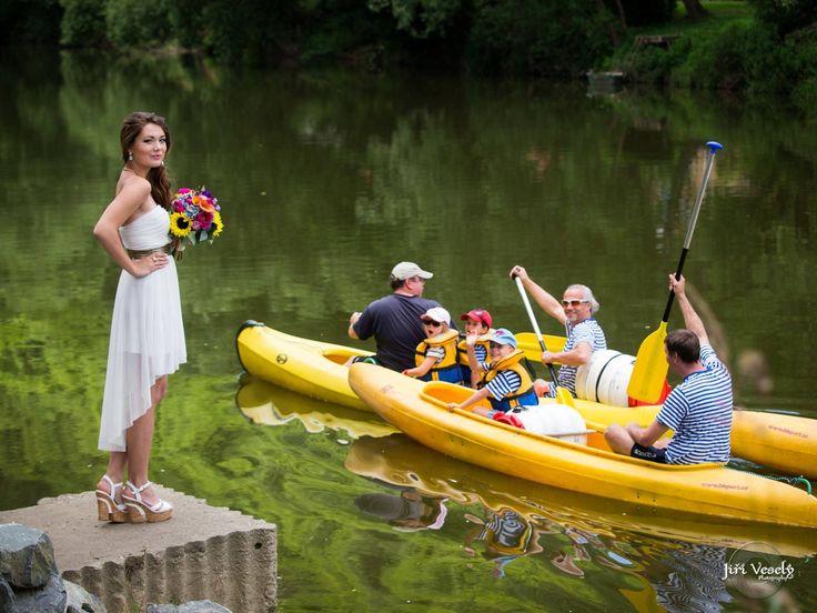 nevěsta a vodáci