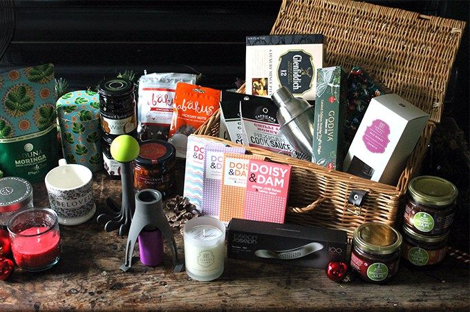 Hamper Gift Guide | Veggie Desserts Perfect gifts for foodies ~ stirr (the automatic pan stirrer) and spudnik (the new way to mash)