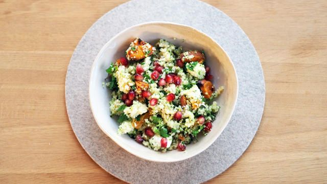 Fargerik couscous med tahinidressing