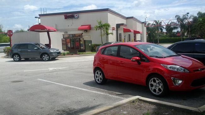 Travelo - Talpraesett Turista - Elképesztően jó fejek Floridában a tilosban parkolókkal