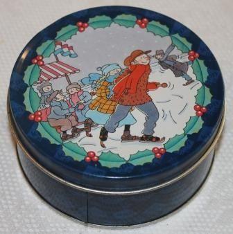 Donkerblauw brocante snoepblikje schaatsende kindertjes en hulst