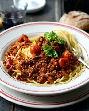 Simon Gault SPAGHETTI BOLOGNAISE A delightful family favourite, everyone has a good spag bol rec...