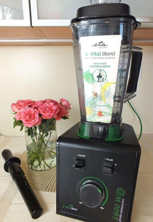 Nejlepší mixér - Nejlepší mixér na smoothie a koktejly  Smoothie maker recenze: vysokorychlostní mixér ETA Vital BLEND recenze! Parametry, které by měl smoohie mixér splňovat Koupili jste si mixér stím, že si budete vyrábět ořechová mléka, a pak zjistili, že se s ním mléka zořechů prostě nedají vyrábět? A že... - http://moreyouthfulskin.com/cs/recepty/nejlepsi-mixer/