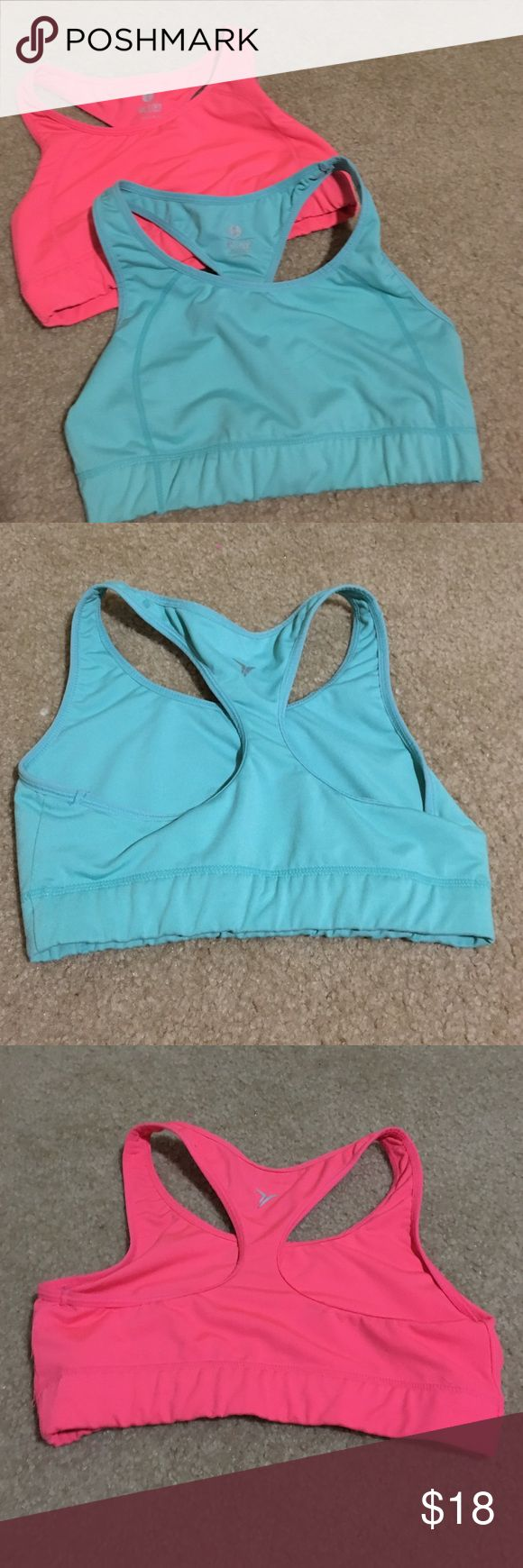 Old navy sports bras. Size m Old navy sports bras. Size m. Seem to run a little small. Only worn like three times Old Navy Intimates & Sleepwear Bras