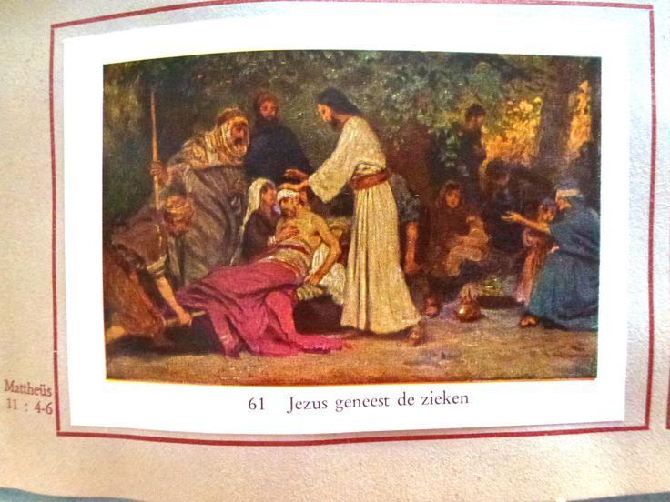 Een persoonlijke favoriet uit mijn Etsy shop https://www.etsy.com/nl/listing/280953034/boek-met-religieuze-afbeeldingen
