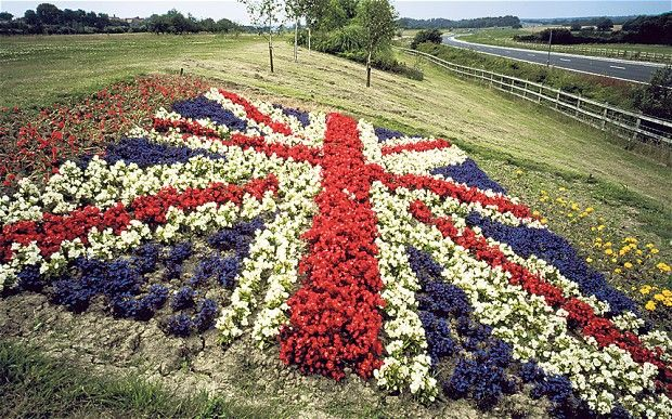 Queen's Diamond Jubilee: what about this on your front lawn @Sue Nicholson!! haha!