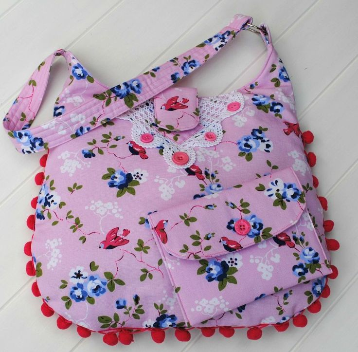 Pink vintage bag and purse available at www.madeit.com.au/WitchingHourBags