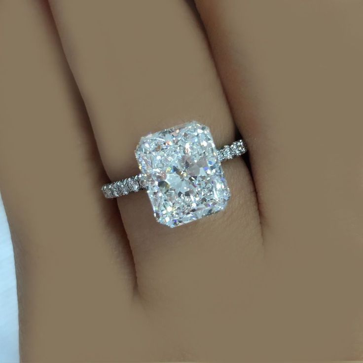 AMAZING DEAL 1.60 Ctw GIA Certified Radiant w/ Round Cut Engagement Ring Plat #TheDiamondSpecialist #SolitairewithAccents