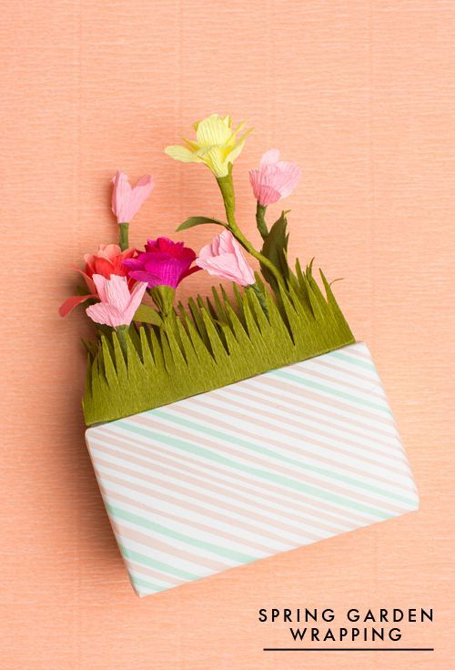 wrap your gift like a flower garden