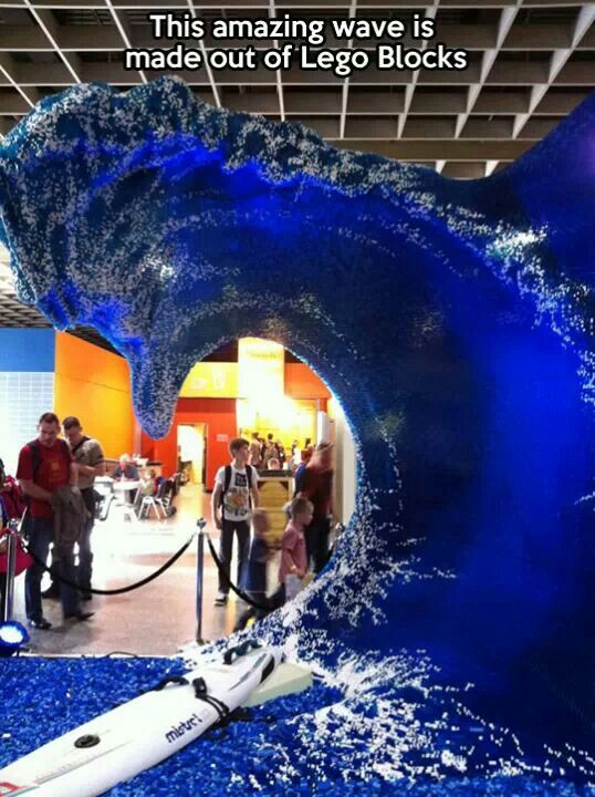 Incredible. It's a Lego wave!!!