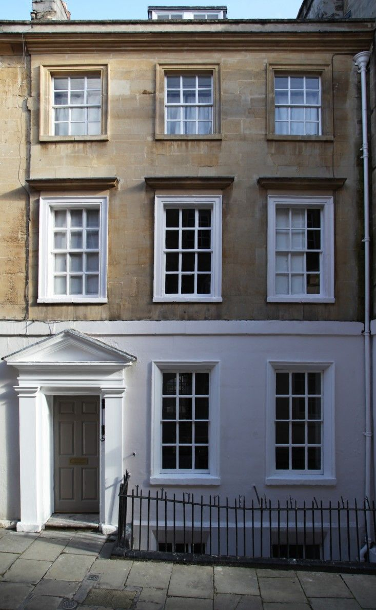 Berdoulat & Breakfast, a B&B in a historic house in Bath England | Remodelista-4.jpg