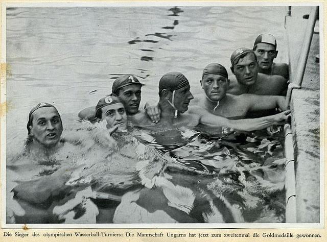 1936 in Berlin, második aranyérmét szerezte a magyar vízilabda csapat - 1936 in Berlin, took second olympic gold medal of the Hungarian water polo team