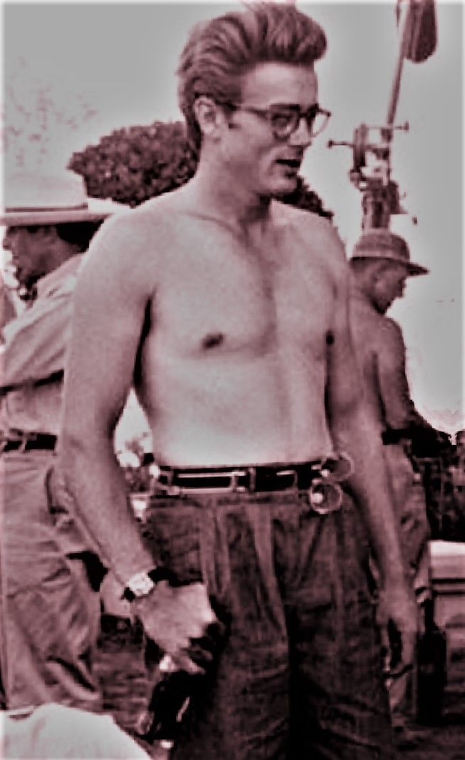 """James Dean - Behind the scenes; in Texas, filming """"GIANT"""""""