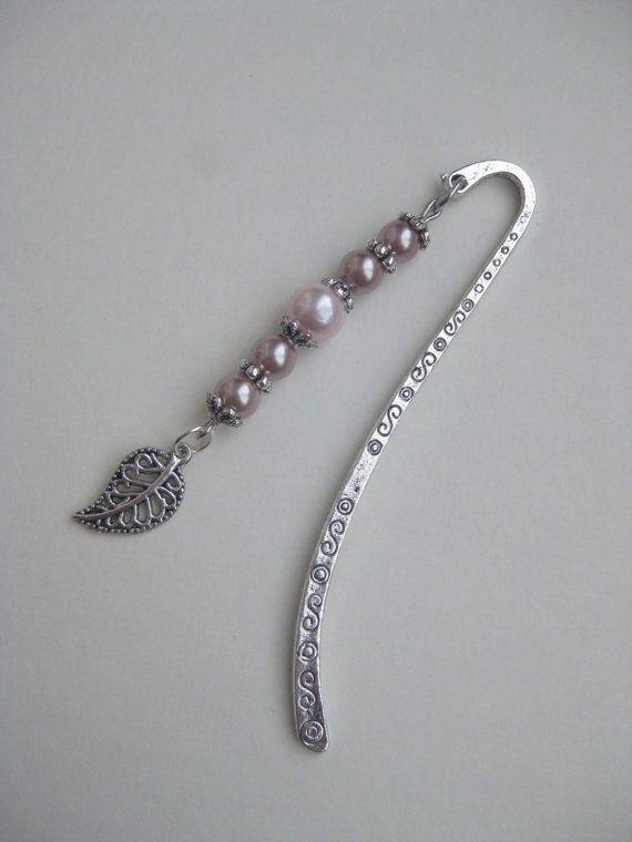 bookmark  Beaded bookmark  leaf charm Gift for birthday by HVart, $8.95