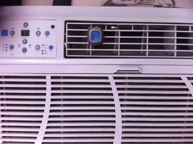I put a car air freshener on the air conditioner since we run the fan on the air conditioner all the time. I figure instead of lighting candles while we are not home use this!! We used the febreeze brand that we bought a 2 pack for $4 and they last for 30 days.: Households Clean, Cars Air Freshener, Households Idea, 29 Hacks, Frugal Clean, Rooms Sprays, Clean Freak, Cars Clean, Cars Vent