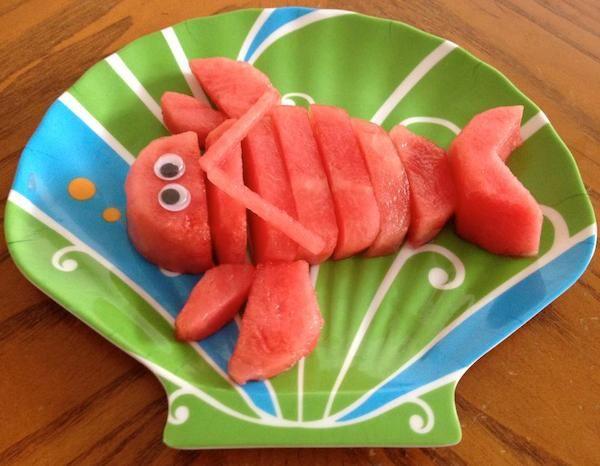 Recetas para niños, ¡la fruta más creativa! Recetas para niños con fruta, ideas originales para presentar la fruta de manera creativa. Déjate inspirar por estas imágenes de recetas para niños.