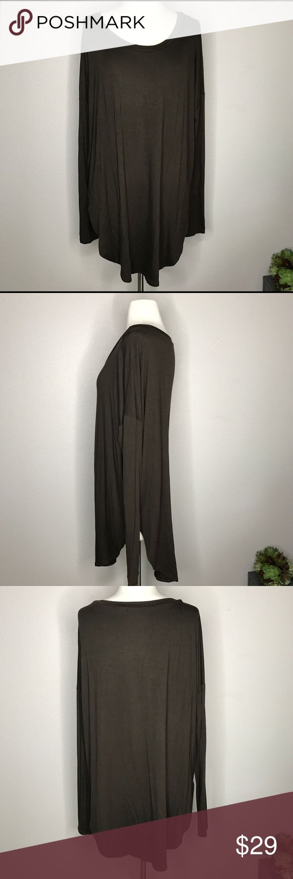 """Great Tunic For Leggings! Super soft fabric, roomy tunic with long sleeves - will go great with leggings! Runs large. Bust measurement 27"""" laying flat; length 30"""" mockingbird + poppy Tops Tunics"""