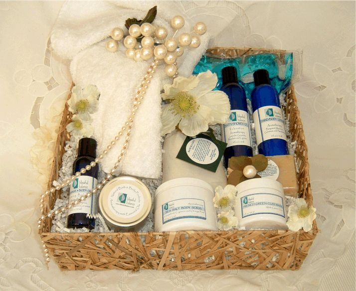 Wedding Gift Hampers Dubai : ... wedding gifts creative gifts wedding gift baskets gift wedding wedding