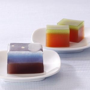 Japanese Sweets, 松江で明治7年創業の御菓子司「彩雲堂」より。【笹の舟】