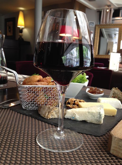 """[#JavaisSoif] 28 août 2014, Fitou AOC L. Maynadier, """"Le chant des Soeurs"""", restaurant-bar """"XVe Avenue"""", Paris 15e arrondissement © photo L. Albaret, DR."""