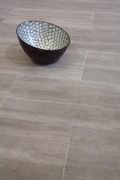 Cream/grey bathroom floor