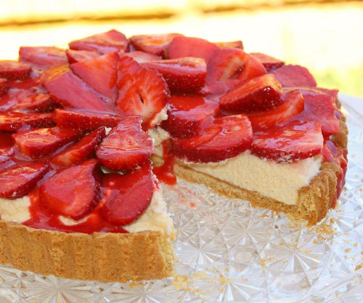 Strawberry mousse pie.