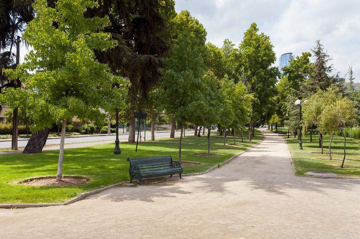 Providencia cuenta con muchas áreas verdes para caminar y hacer deporte