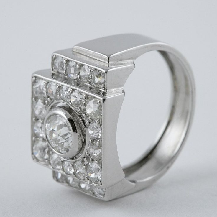 René Boivin Art Deco Diamond Platinum Ring 4