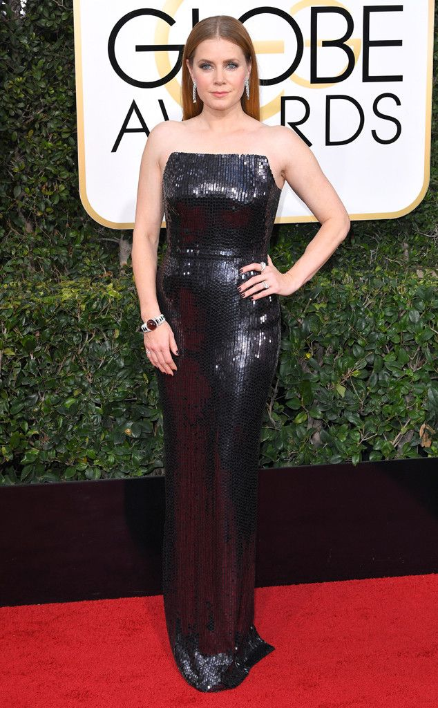 2017 Golden Globes: Amy Adams is wearing a sequin Tom Ford strapless column dress. This dress fits Amy like a glove! Another favorite look on the red carpet.