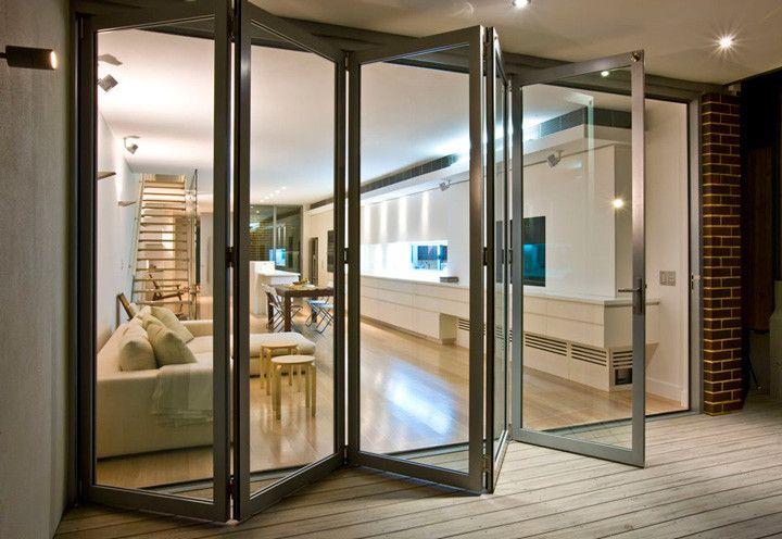 Guia completo de portas: modelos, instalação e inspirações