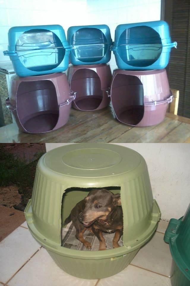 Olha que bacana essa ideia que vimos no sitecomofazeremcasa! Como muitas casinhas para cachorro têm um precinho salgado, com a união de duas bacias ou bal - Casinha de cachorro feita com bacia/balde