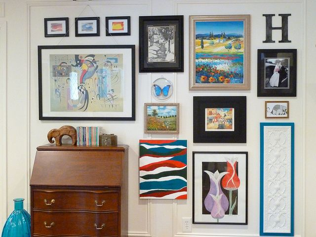 how to hang wall art without nails