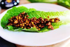 Pioneer Woman Vegetarian Lettuce Wraps...wait, what?  Pioneer Woman uses tofu?  Awesome.