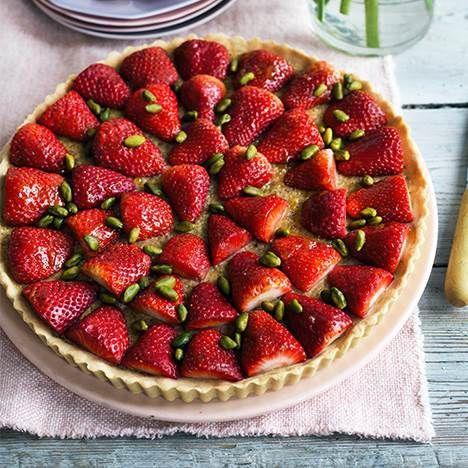 Jordbær og pistacie er så godt sammen.
