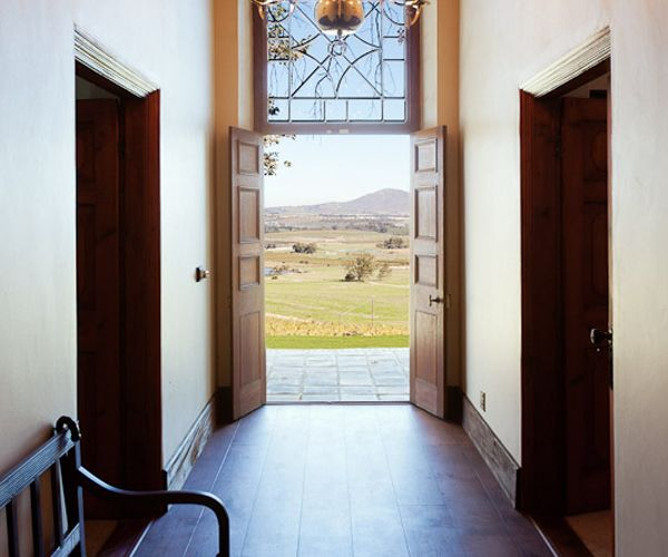 Manor guesthouse foyer | Paarl | Western Cape | Diamant Estate