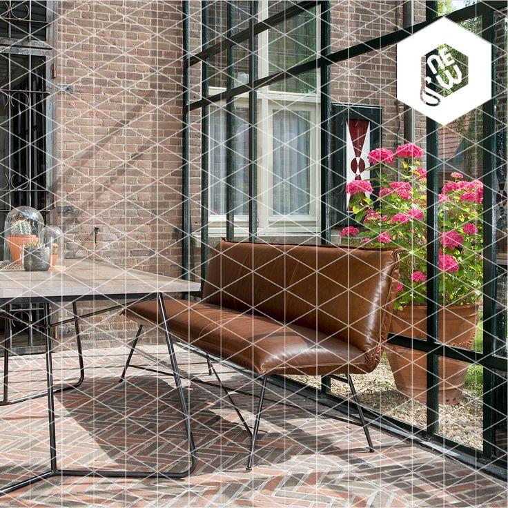 Nieuw: de stoere en elegante lederen stoelen en banken van Jess Design #JessDesign #designinterieur #designfauteuils