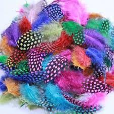 Find et stort udvalg af hobby fjer og dun i mange farver og størrelser hos Sjovogkreativ.dk